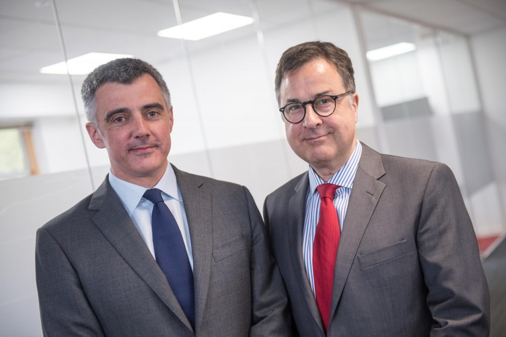 L-R: Lawrie Campbell, Regional General Manager Northern Seas and Medical Services Europe and Mike Braida, Regional Medical Director at International SOS.