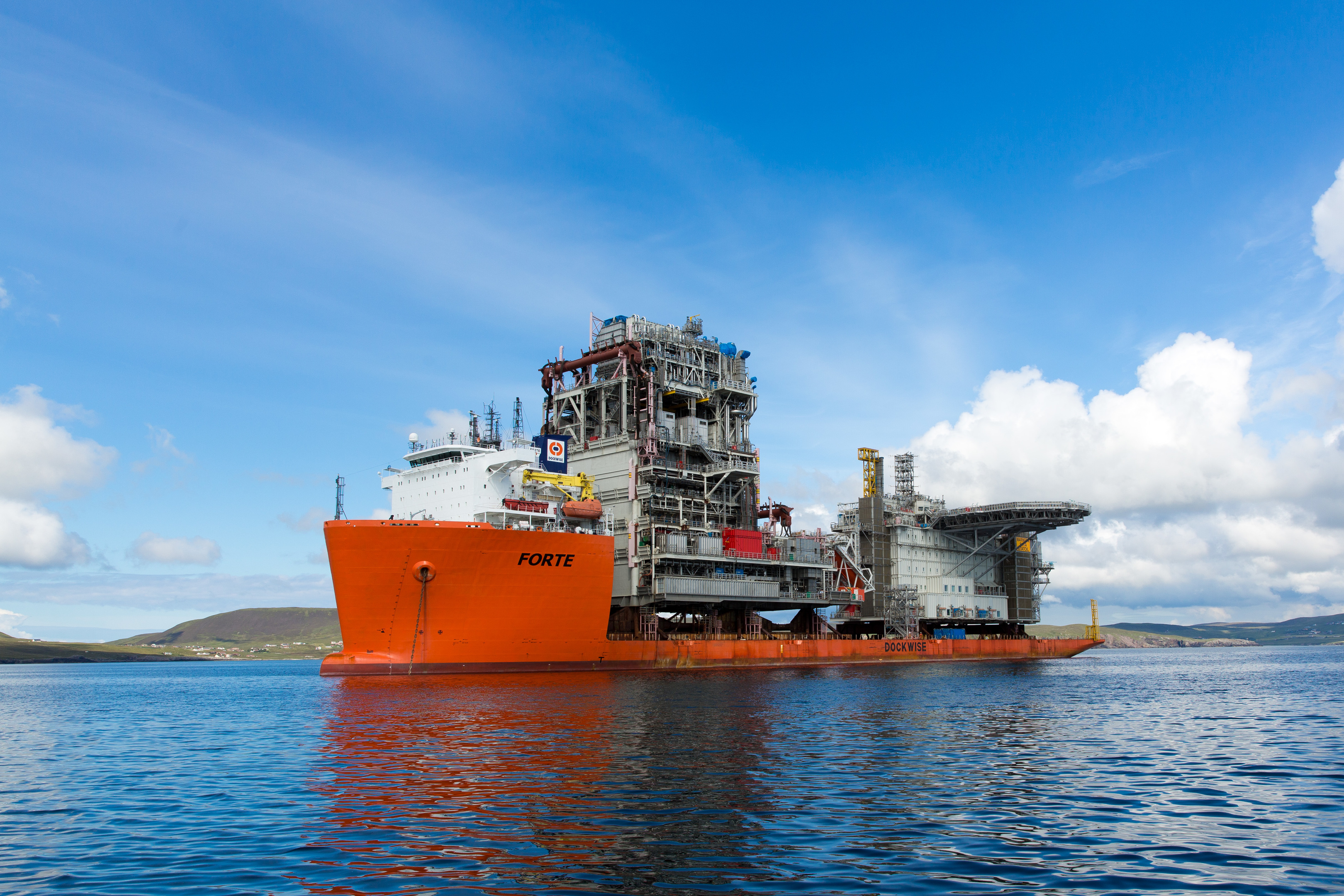 A ship carrying modules for Statoil's Mariner field development in Lerwick.  (Ross Johnston/Newsline Media/Statoil)