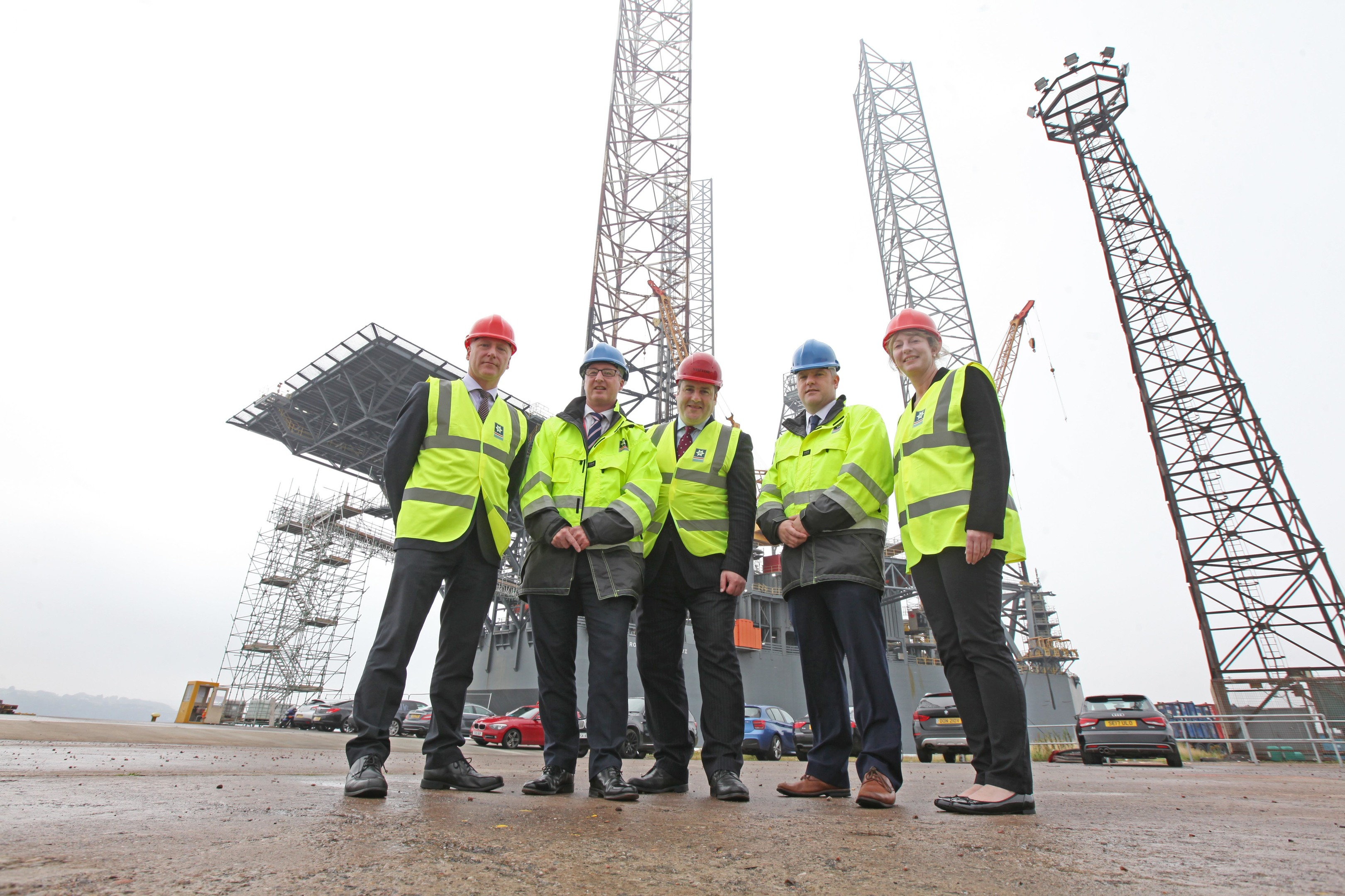 Joe Fitzpatrick MSP; Stuart Wallace, Chief Operating Office of Forth Ports; Paul Wheelhouse MSP – Minister for Business, Innovation and Energy; David Webster, Port Manager of Dundee; Shona Robison MSP.