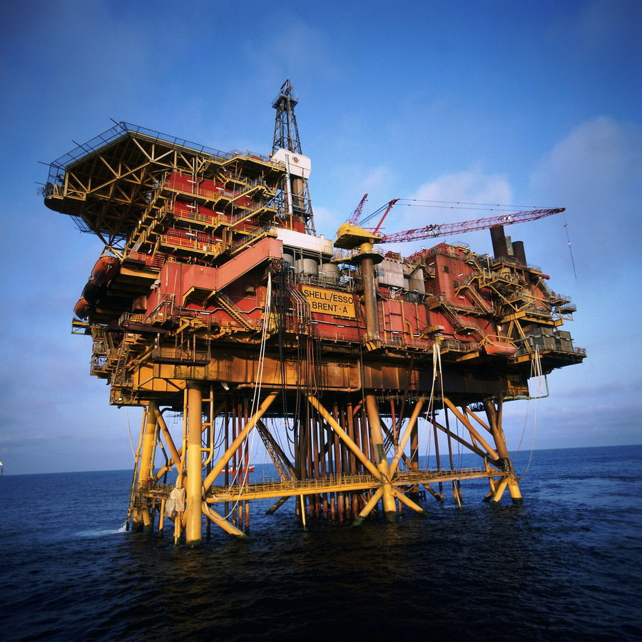 The Brent Alpha platform. Shell wants to leave the jacket of the platform in the North Sea.