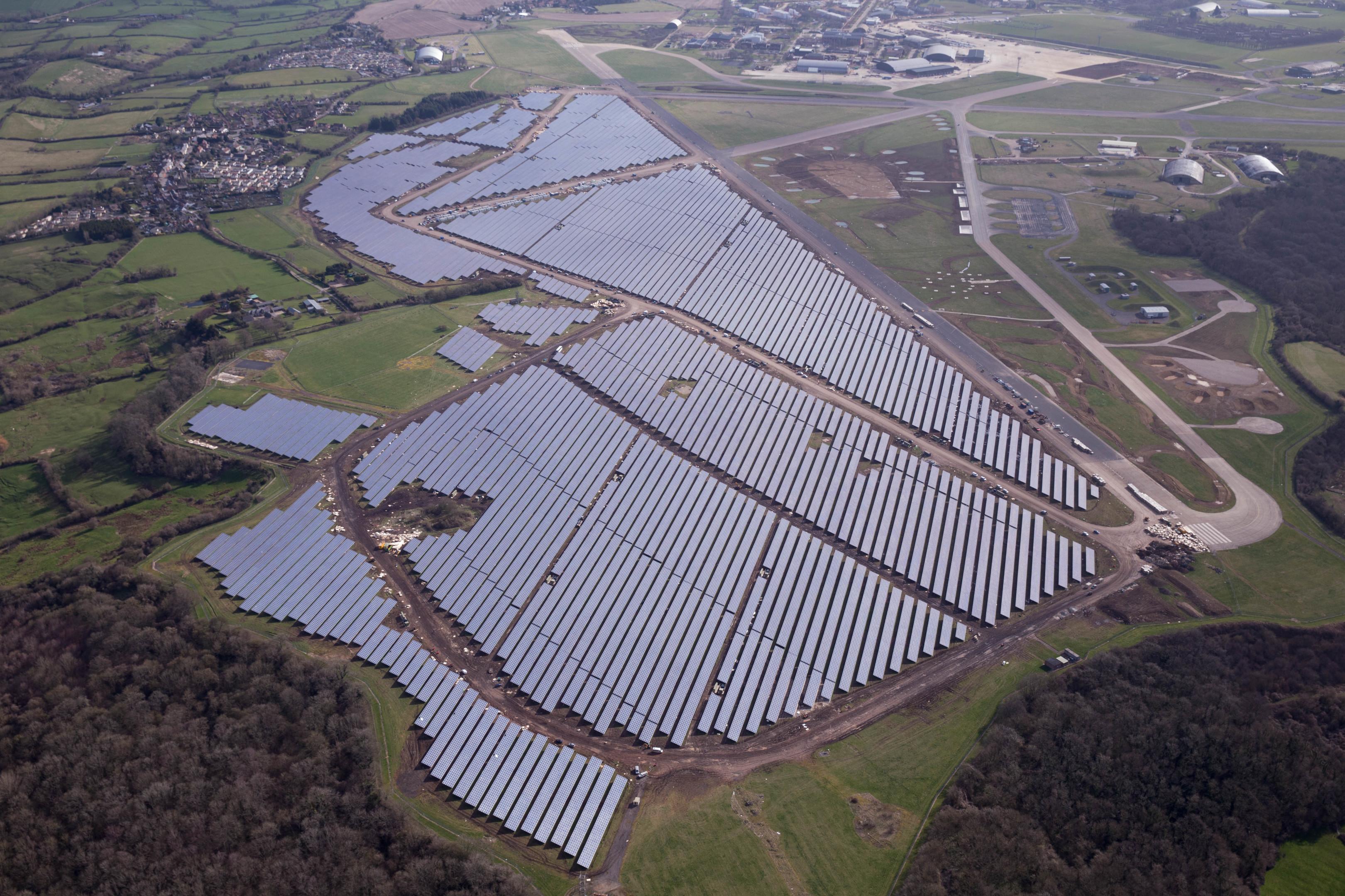 Bradenstoke solar power plant