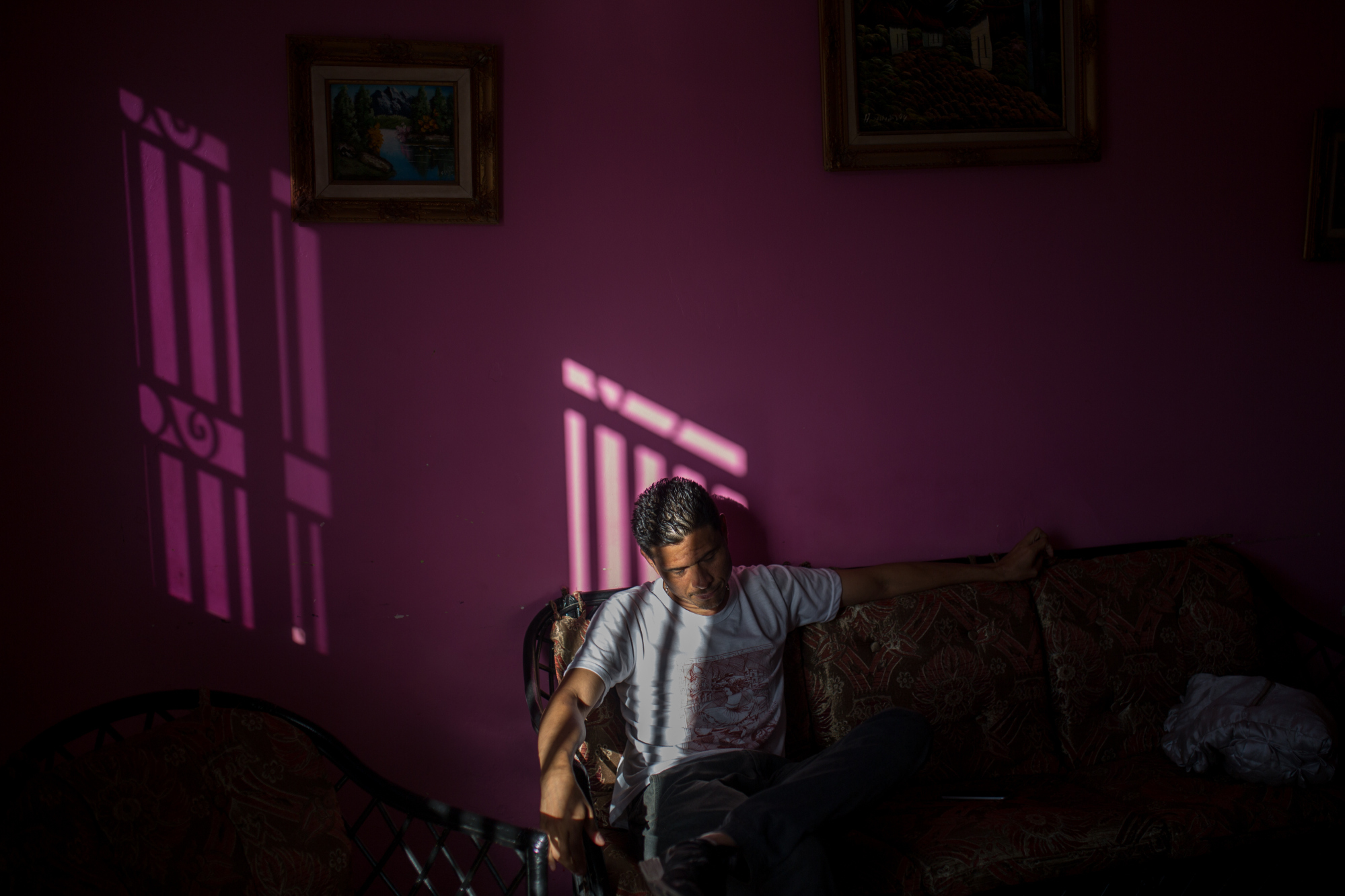 Endy Torres used to enjoy company-supplied meals of rice, salad, a protein, fruit, juice and dessert. Now he goes without. Photographer: Wil Riera/Bloomberg