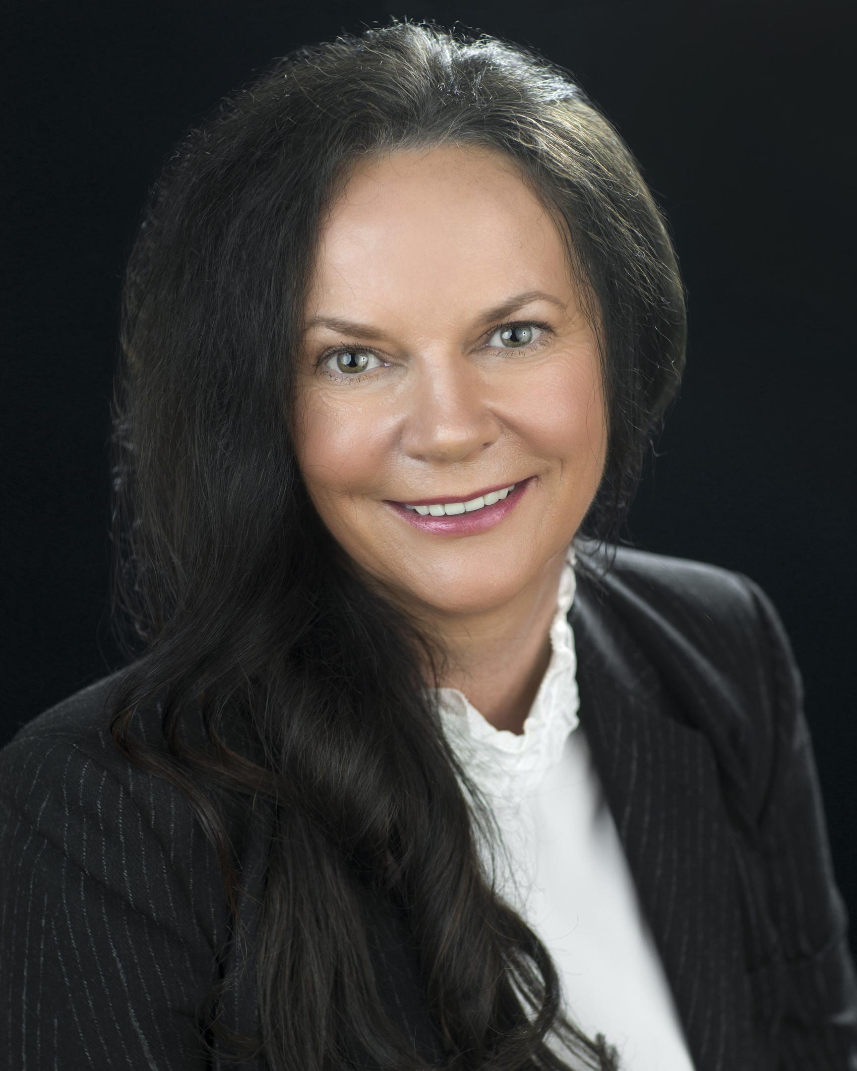 Suzanne Munro
