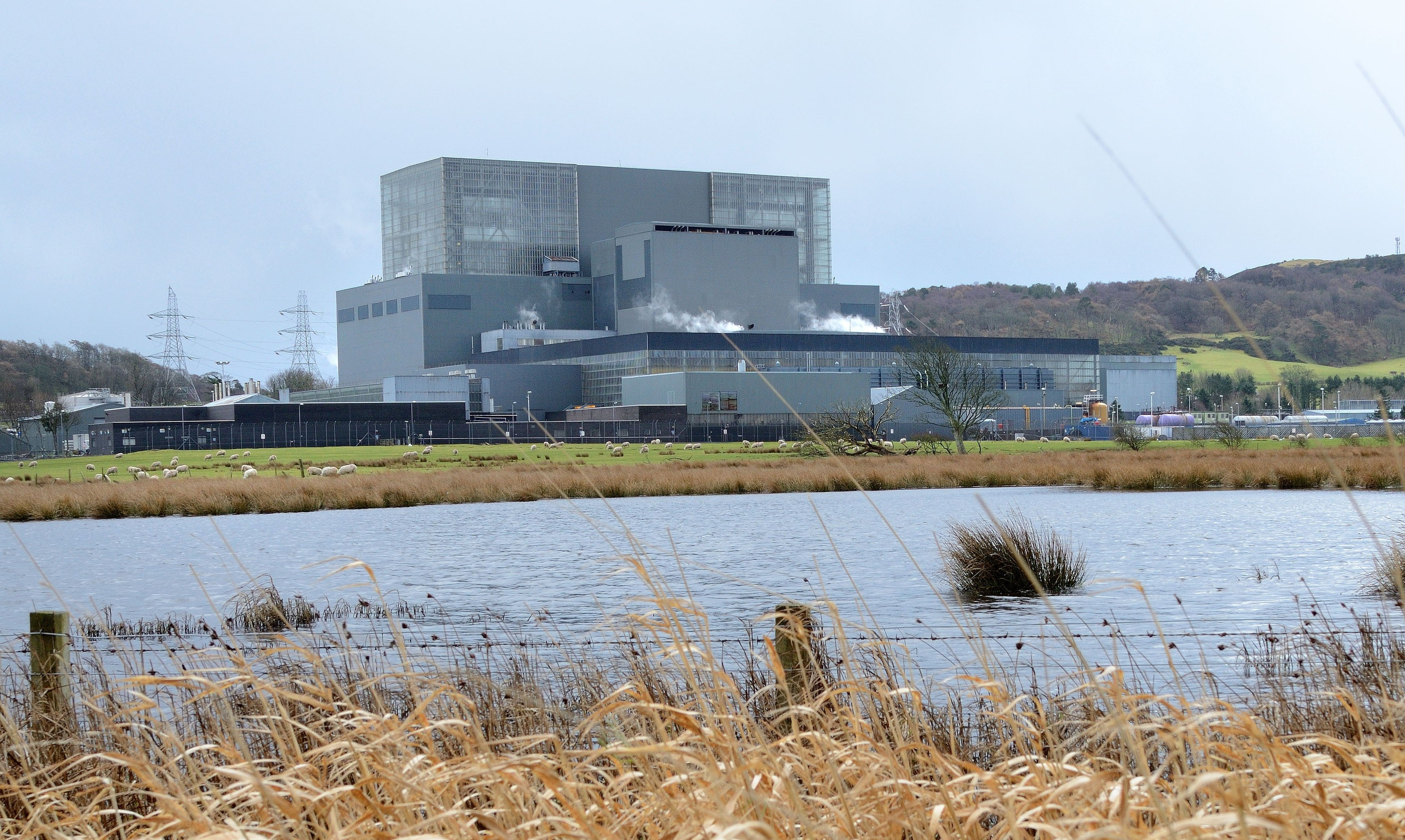 Cracks were found in a reactor at Hunterston B in Ayrshire.