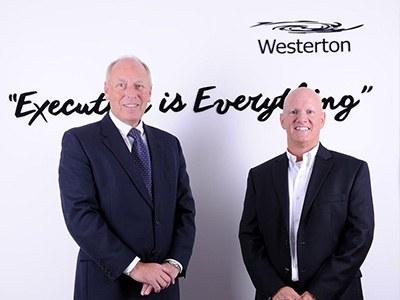 Robin Porter of Westerton UK (left) and Gordon Mackenzie (right).