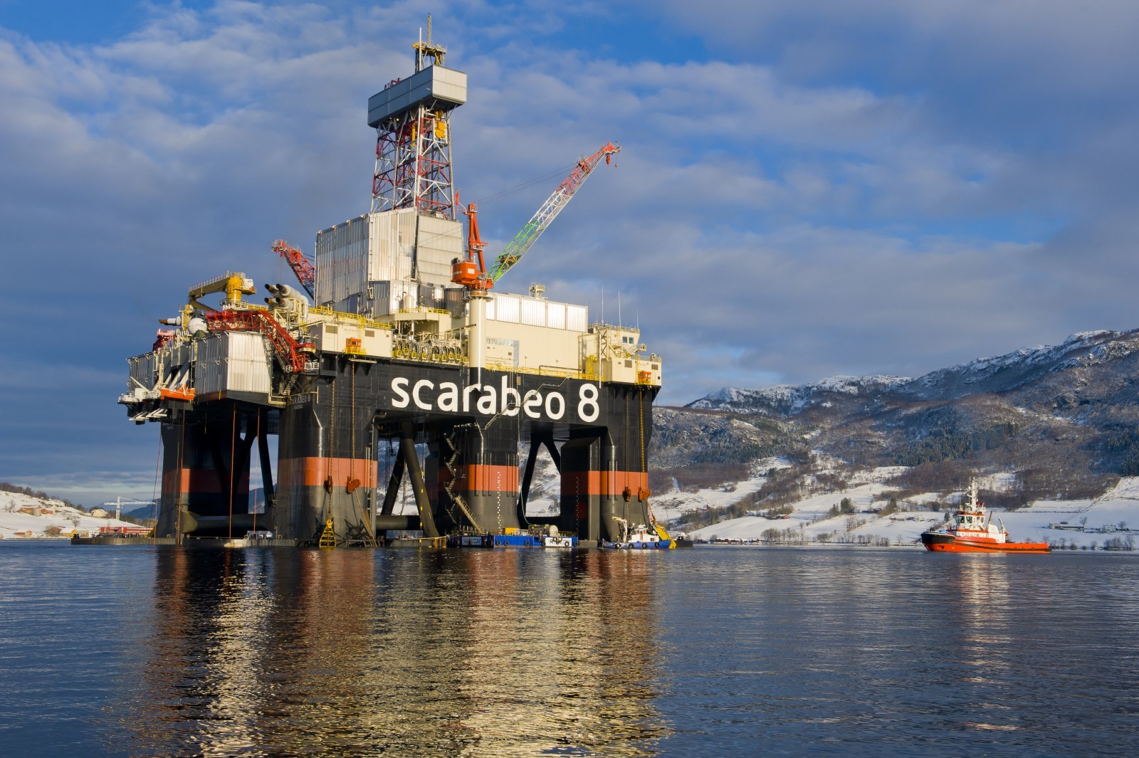 The Scarabeo 8 semi-submersible rig.