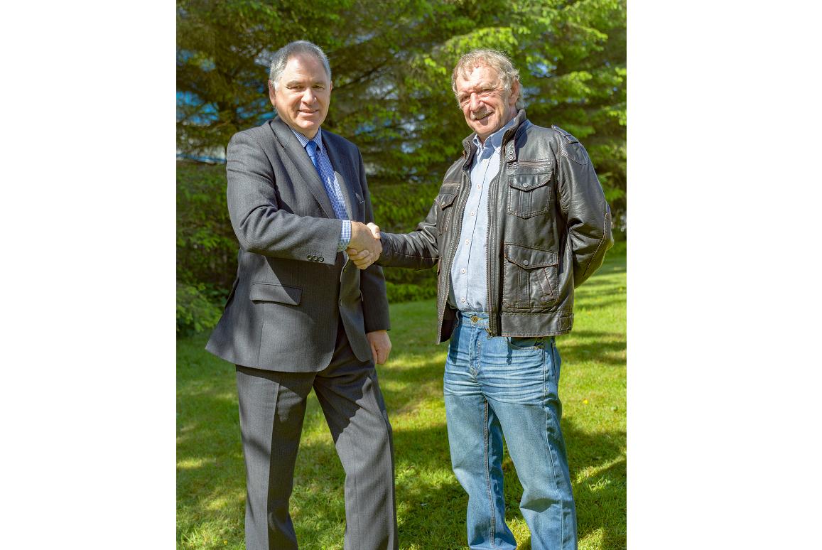2.AJT Engineering's Managing Director Ken Gauld along with Mel Maitland former Managing  Director of Black Gold Oil Tools