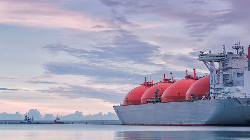 An LNG tanker: the latest craze is offsetting emissions from LNG