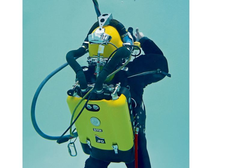 BREATHING SPACE: It is essential that divers have a reliable emergency gas supply