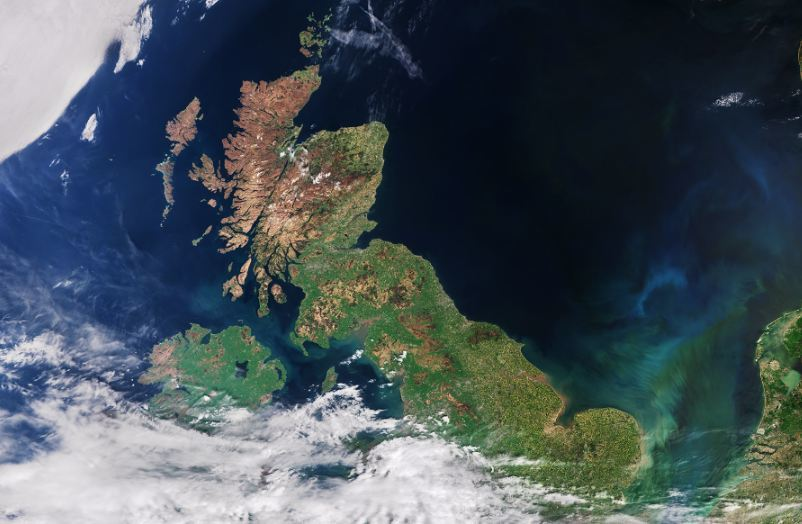 The UK's SPRINT has backed work by Redshift to help track carbon dioxide emissions from shipping, involving a range of data sources.