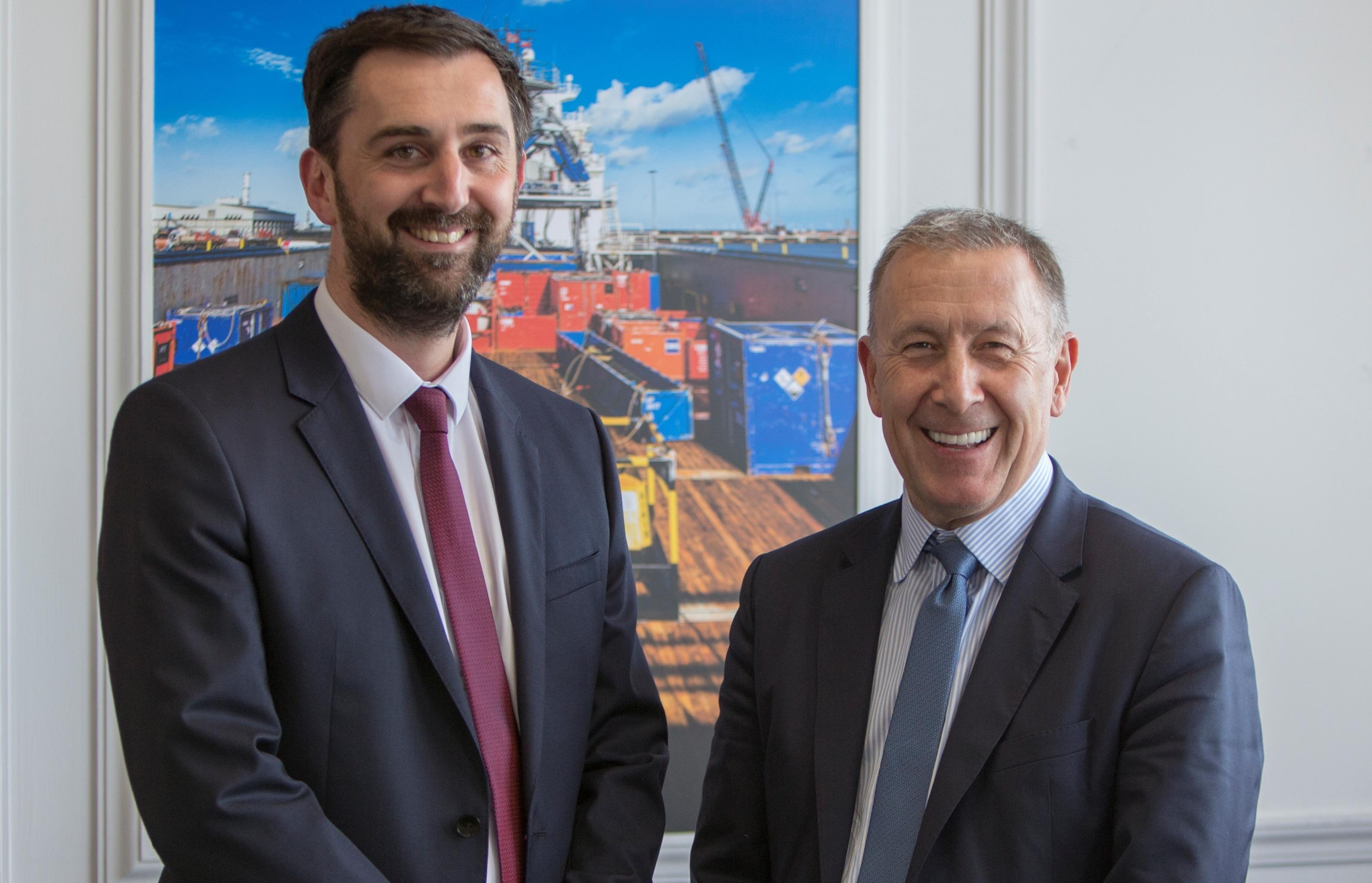 Richard Goffin of Peel Ports and Glenn Hurren from ASCO.