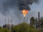 Thick black smoke pouring out of Mossmorran Petrochemical Plant near Cowdenbeath - Sunday 21st April 2019 - Steve Brown / DCT Media