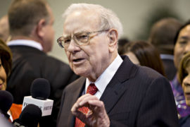 Buffett touts wind energy following climate-change criticism