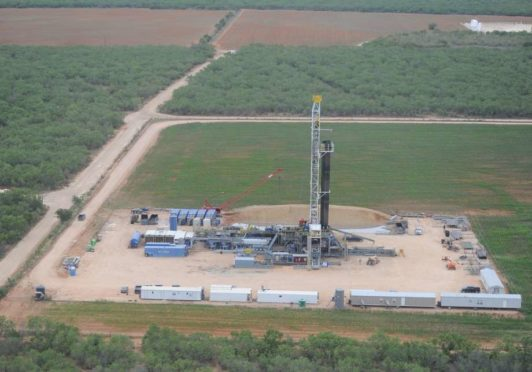 allon Petroleum said Monday it will acquire Carrizo Oil & Gas at a price tag of more than $1.2 billion in a combination of two Houston oil producers.