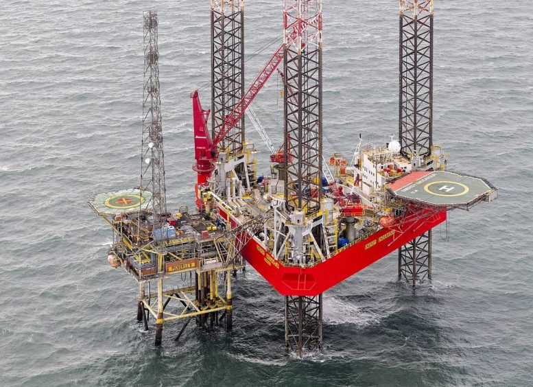 Petrodec has been working on the Energy Endeavour rig and decommissioning the Pickerill field for Perenco. Pic: Petrodec