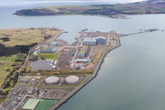 Global Energy Group will become operator of the  jetty at the Nigg Oil Terminal under the deal.