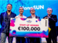 Evert Jaap Lugt from YES!Delft, Joseph Hobbs and Graham Hodgson from NanoSUN and Adrie Huesman from Shell GameChanger