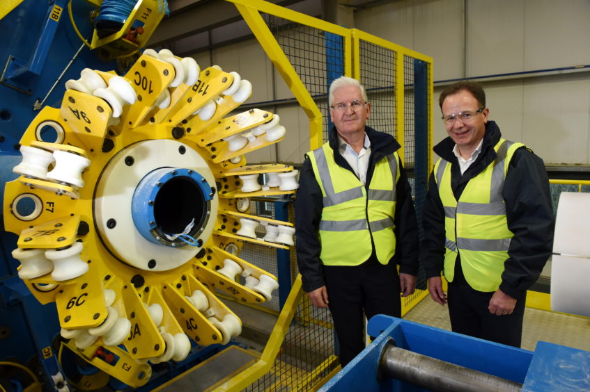 New machinery at Hydrasun, Gateway Business Park, Moss Road, Aberdeen Picture of (L-R) Bob Drummond (CEO of Hydrasun) and Craig Sangster (Chief Commercial Officer).