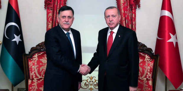 Turkish President Recep Tayyip Erdoğan welcomed the head of the GNA Fayez al-Serraj in the Dolmabahçe Palace