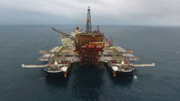 "Pioneering Spirit removed the Brent Alpha topsides in a ""fast lift"" lasting only nine seconds."