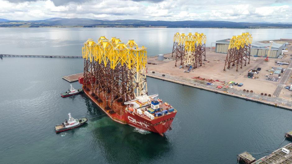 Moray East wind farm jackets arrive on giant transport ship