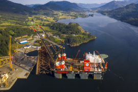 Sleipnir offshore crane breaks own record for single jacket lift