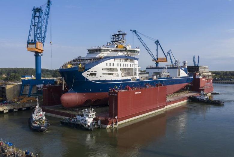 Prysmian's brand new cable-laying vessel Leonardo da Vinci will install Sofia's export cables.