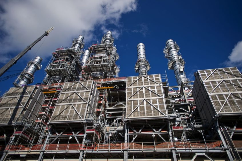 France has put the brakes on a plan by Engie for LNG imports from the Rio Grande LNG facility, apparently over concerns on shale's emissions.
