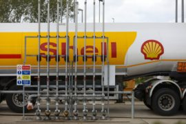 Court considers emissions cuts for Shell