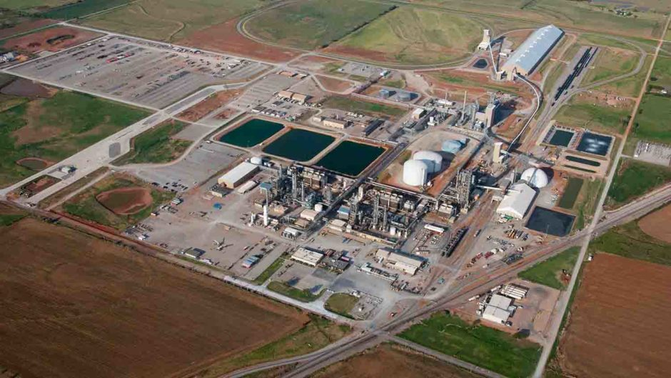 Black & Veatch and Golar LNG have signed up to work together on the production of ammonia and hydrogen on floating installations.