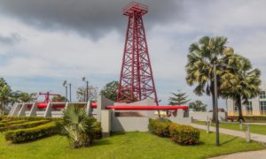 The Grand Old Lady oil well in Miri, Sarawak, Malaysia; Shutterstock.