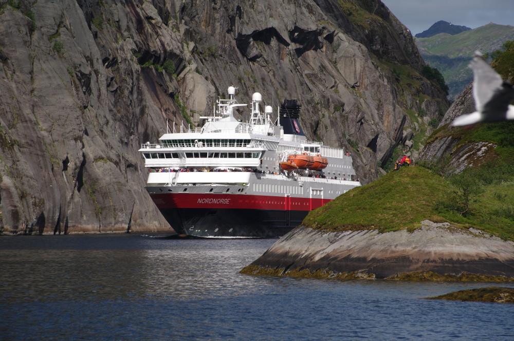 Equinor Aberdeen cruise liners