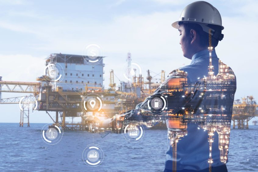 Solab's Onboard Tracker centrally manages integrated functions.