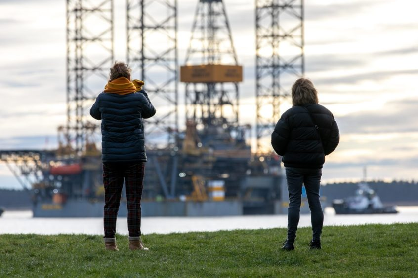 An oil rig leaving the port of Dundee. Picture by Kim Cessford / DCT Media
