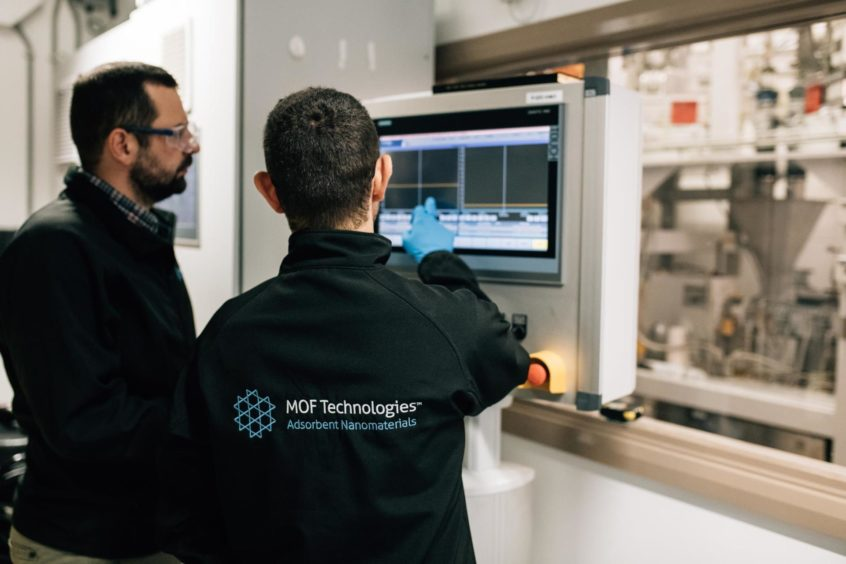MOF Technologies provides tangible, scalable and cost-effective solutions to a number of environmental challenges, including carbon capture, urban air pollution, and hydrogen power.