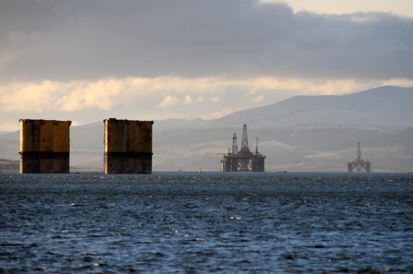 The Hutton TLP pictured in 2009, when it first arrived in the Firth, after its trip from Russia to Spain was cut short. Picture by Sandy McCook