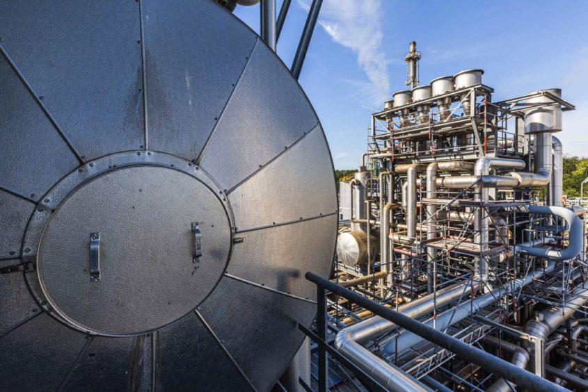 green hydrogen refiners