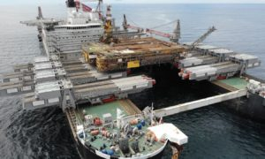 Pioneering Spirit removes the DP3 platform in a single lift. East Irish Sea. 09/06/2021