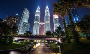 The Petronas Towers in Malaysia. Shutterstock.