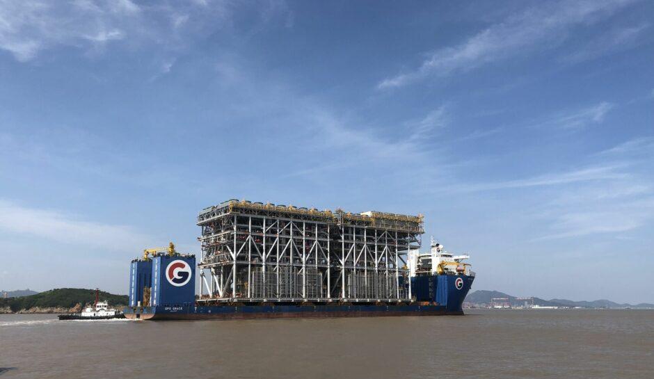 Big module moves on ship