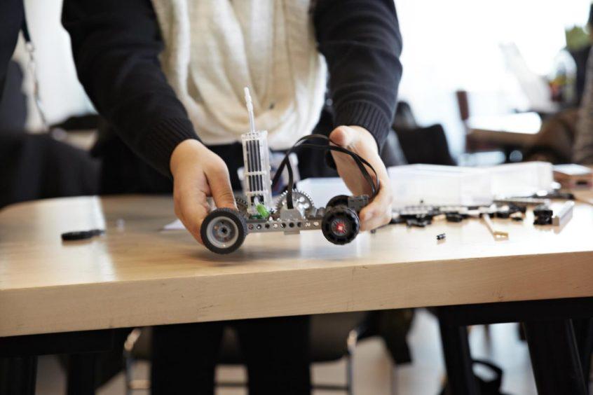 hydrogen powered Lego vehicle