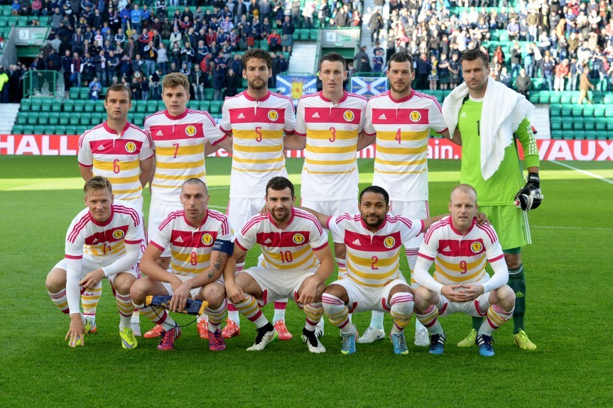 The Scotland team line-up to face Qatar. Back Row (L-R) Shaun Maloney, James Forrest, Charlie Mulgrew, Craig Forsyth, Gordon Greer and David Marshall. Front Row (L-R) Matt Richie, Scott Brown (c), James McArthur, Ikechi Anya and Steven Naismith.