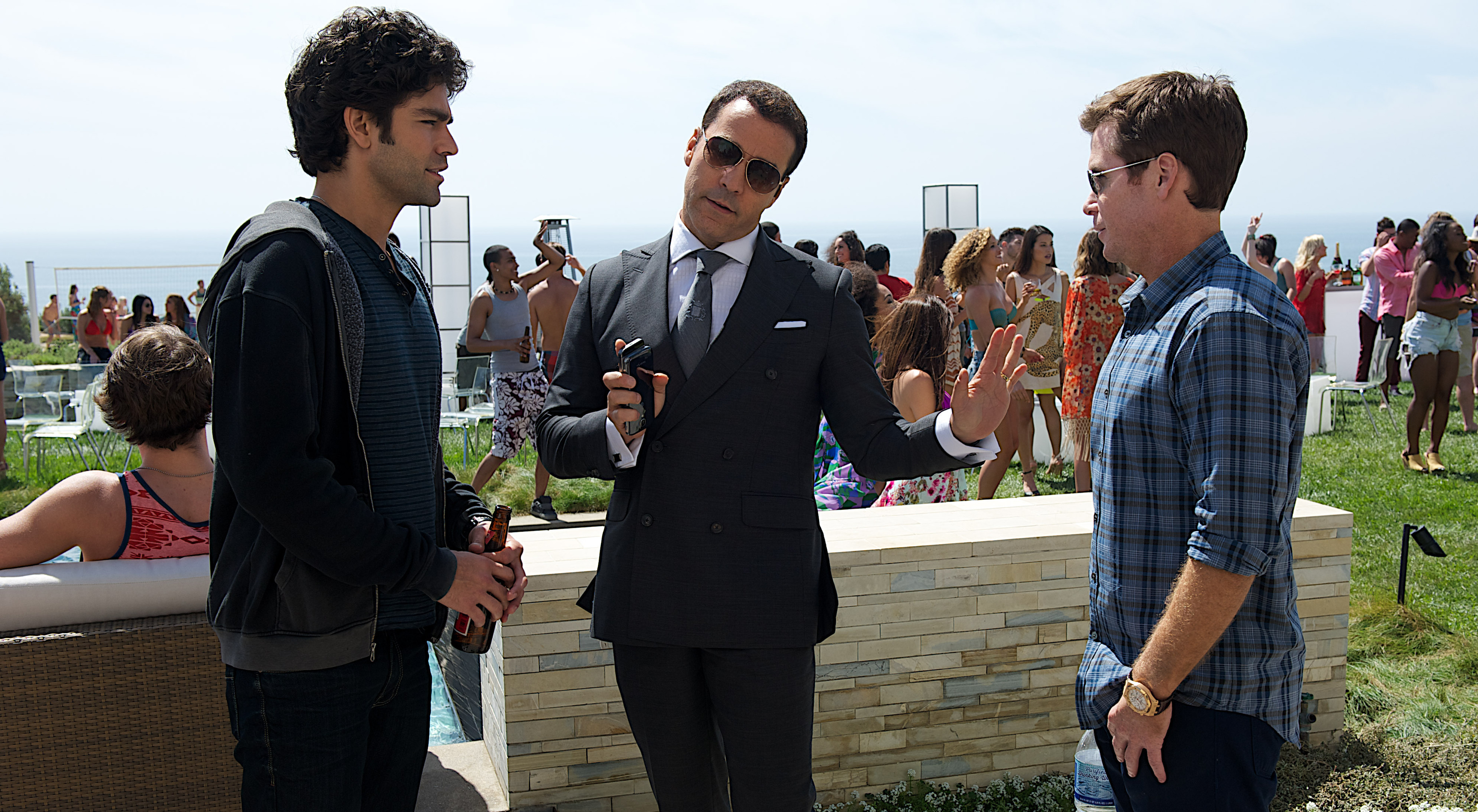 cast:  From left, Eric Murphy (Kevin Connolly), Turtle (Jerry Ferrara) and Vincent Chase (Adrian Grenier).