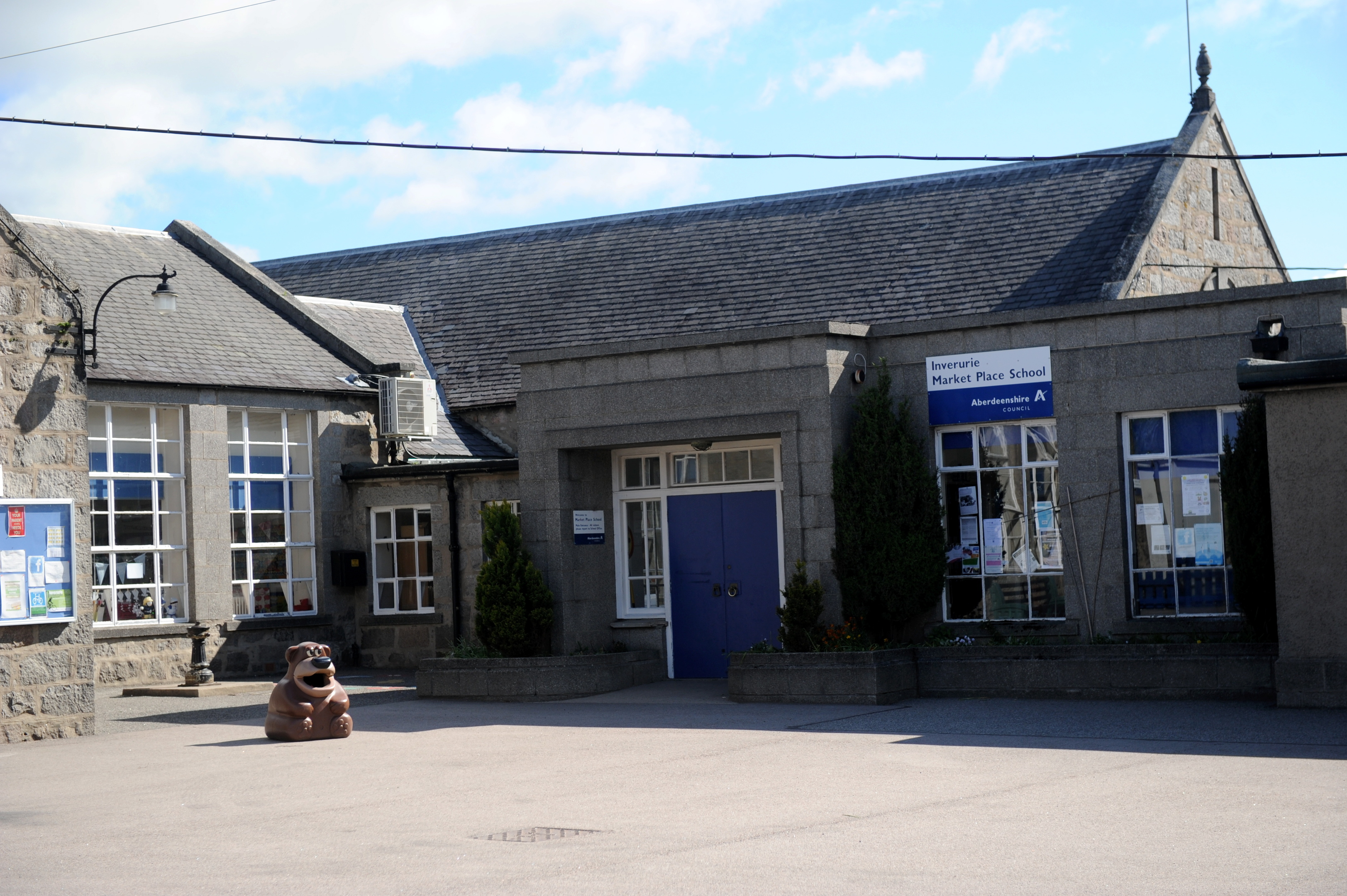 SHIFT?   Pupils at Market Place School, Inverurie, could move into a new building in mid-school year.