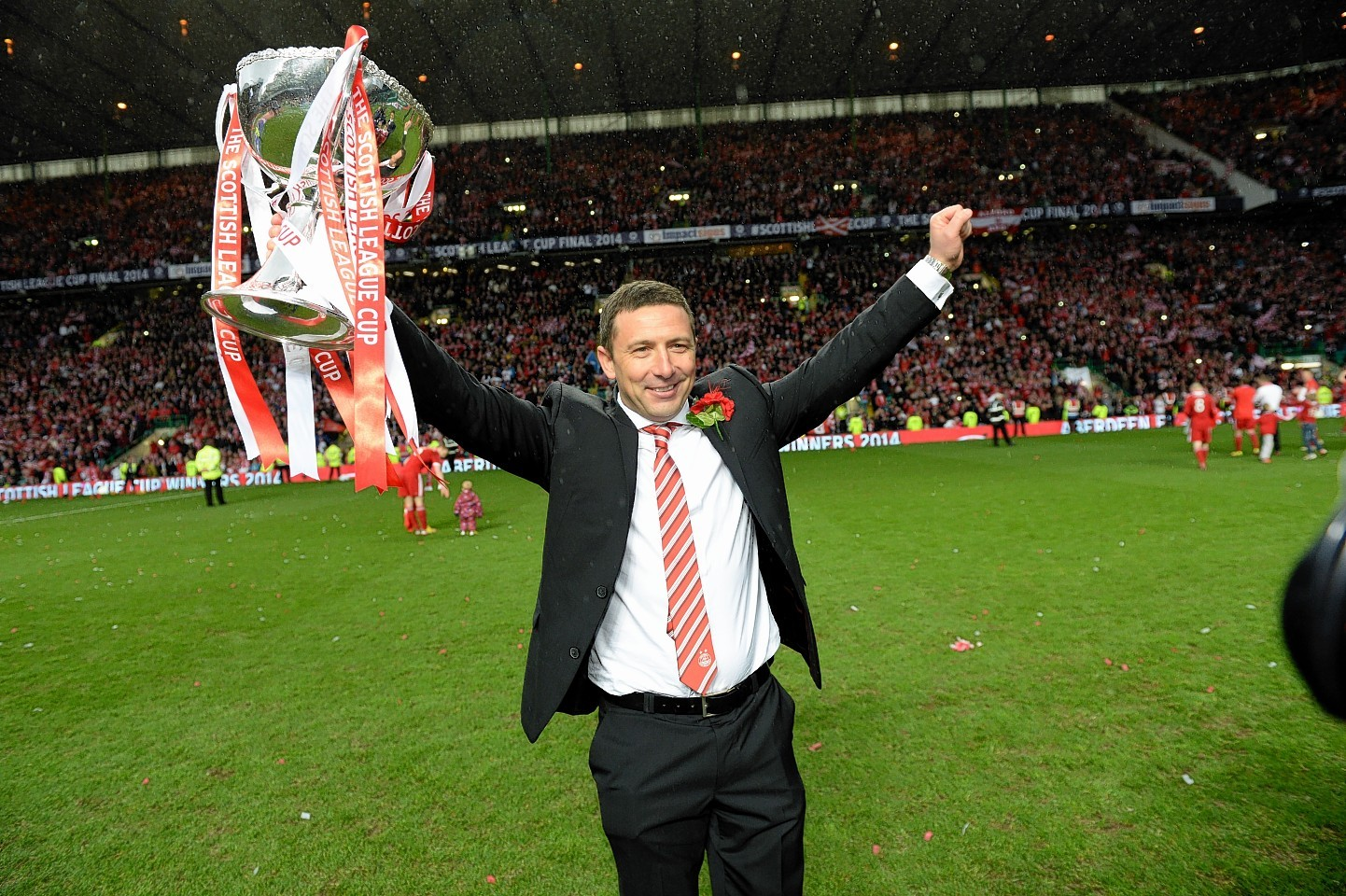 Aberdeen boss Derek McInnes with the Scottish League Cup trophy.