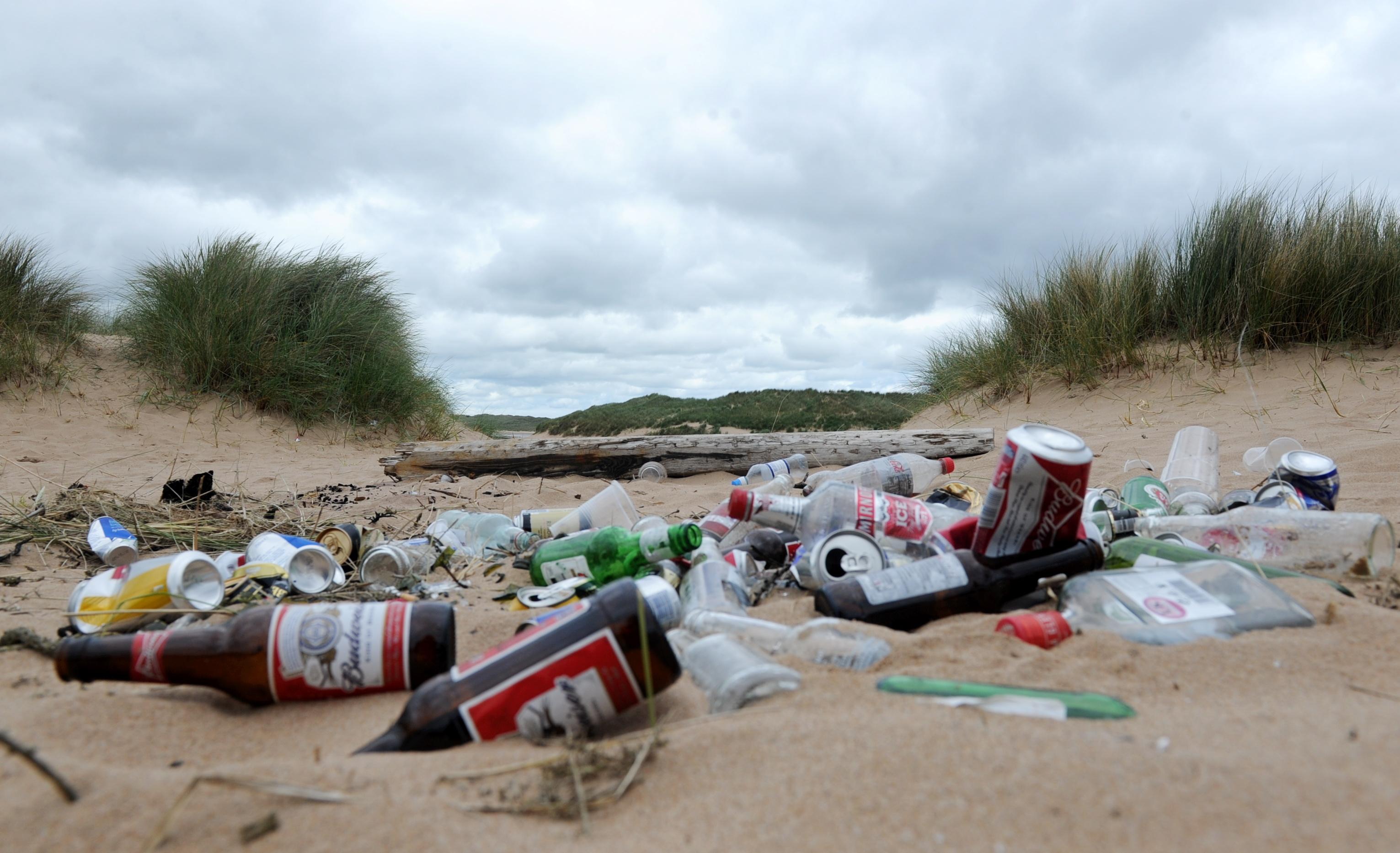 Litter in the dunes at Newburgh beach.