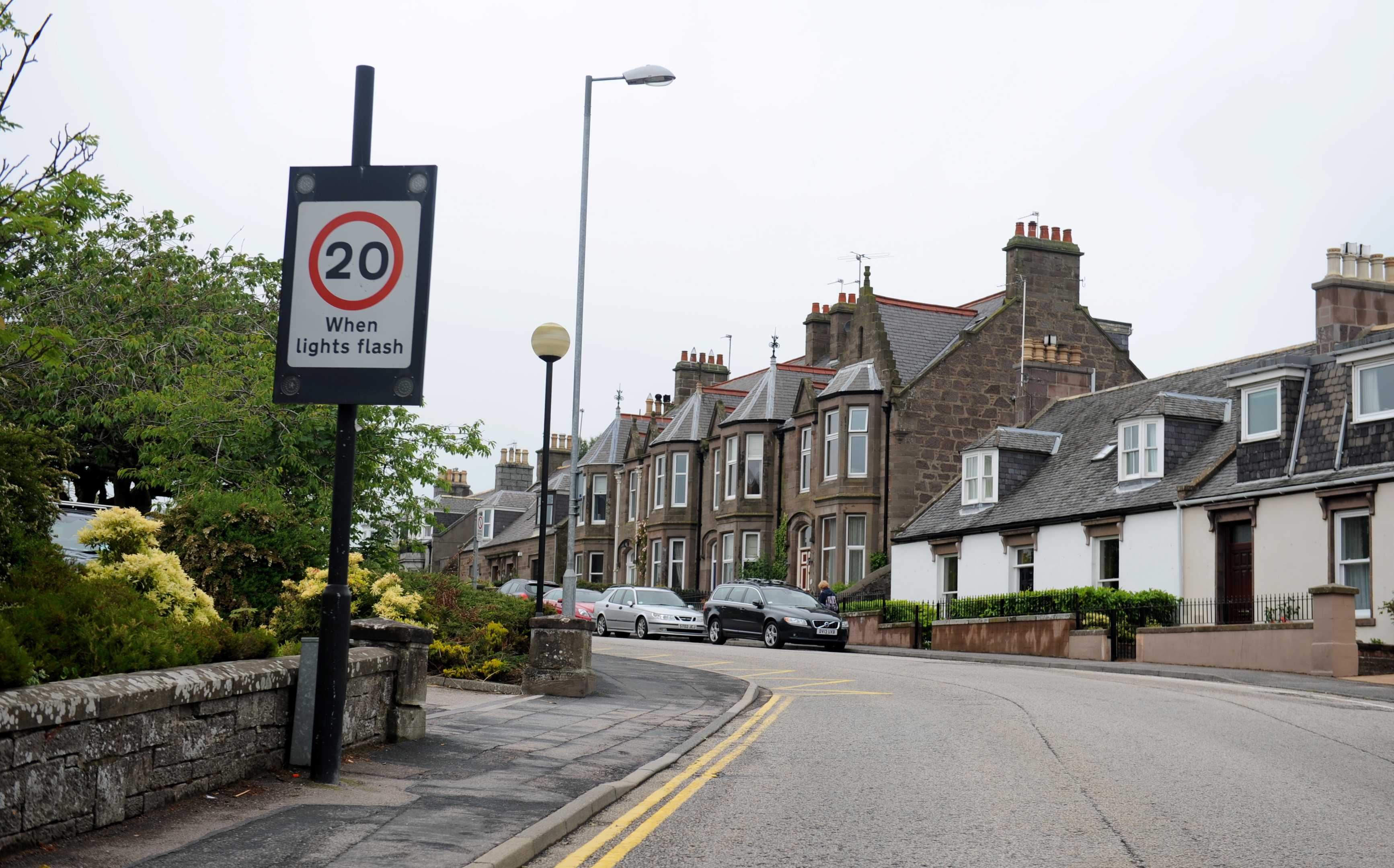 REPAIRED:  The 20mph sign in Stonehaven, which was out for 261 days.