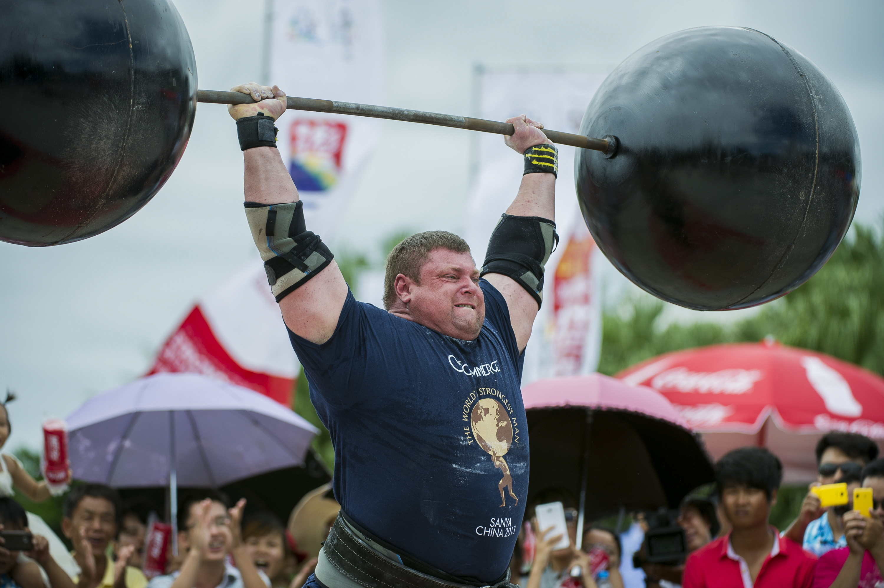 World's Strongest Man champion Zydrunas Savickas is heading to Aberdeen to coach strength enthusiasts.