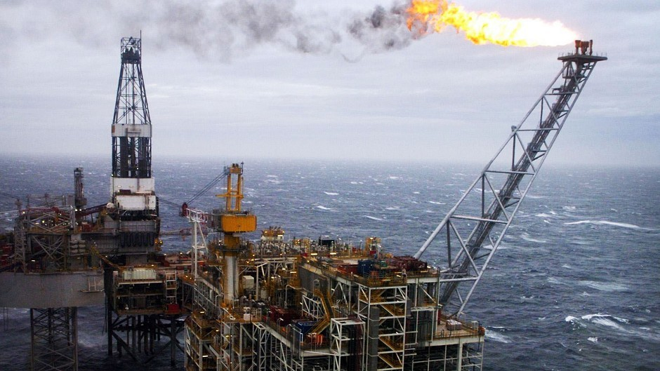 North Sea oil and gas workers have voted against a change to their shift patterns
