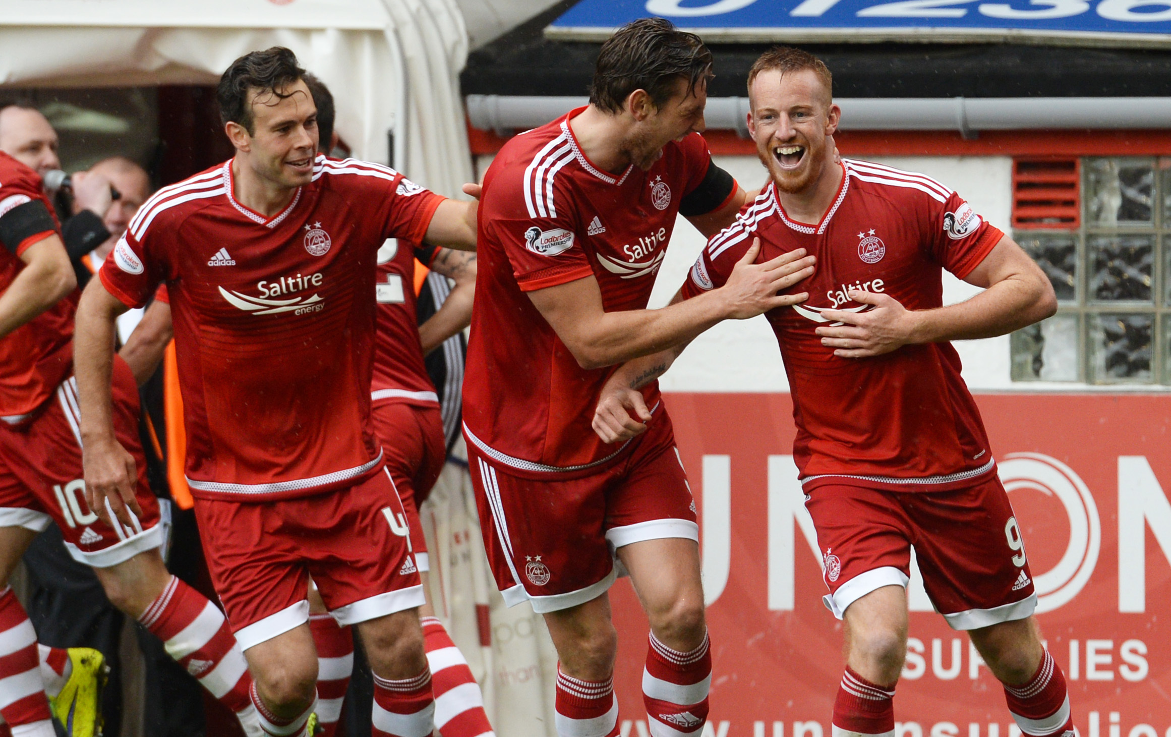 Aberdeen's Adam Rooney (right) celebrates his goal with his team-mates